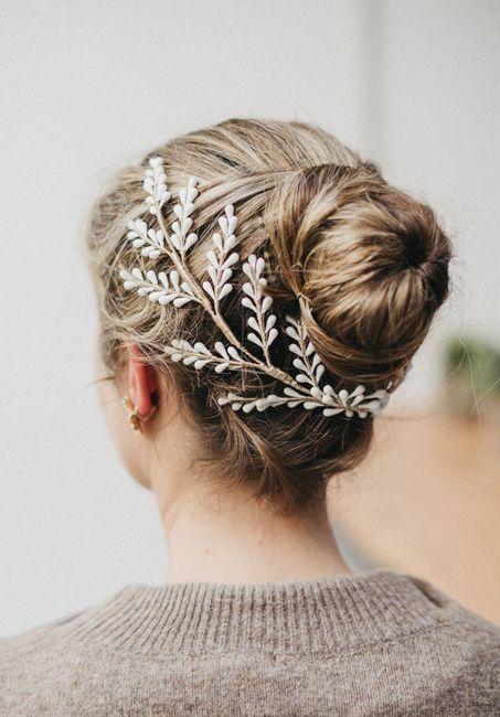 5 Tiaras Doradas para tu look de Reina 👑 5