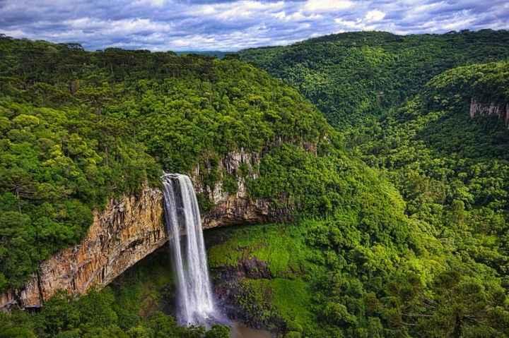 B. Iguazú - Brasil