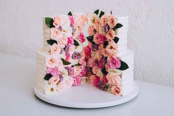 Tortas & Rosas ¡Match perfecto! 🍰❤️🌹 - 1