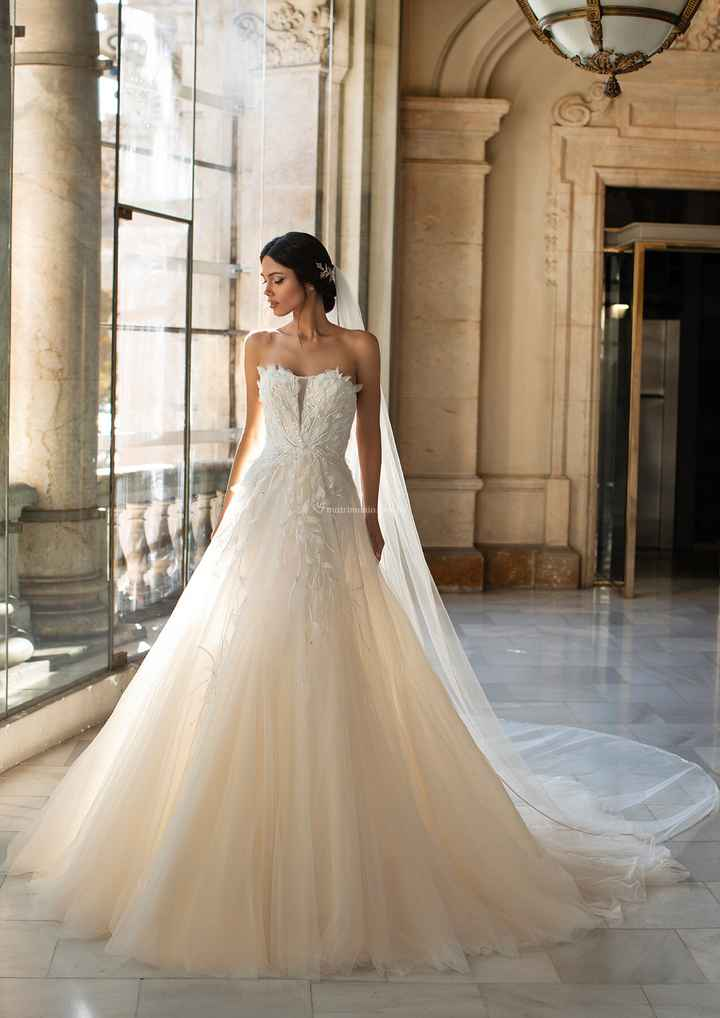 Vestidos de novia: ¡Todo menos blanco! - 3