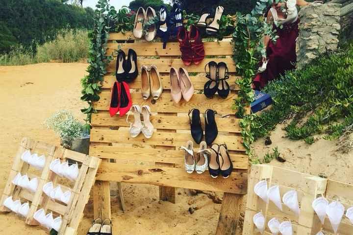 'Shoe valet' o zapatero para invitados. ¿Lo tendrías? - 1