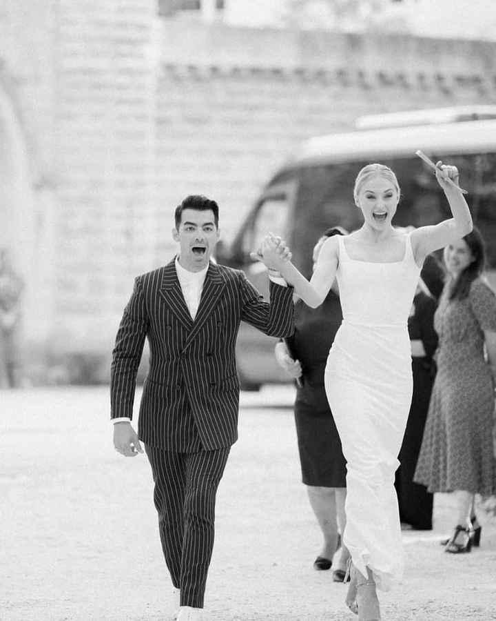 Las fotos de boda que no viste de Sophie Turner y Joe Jonas - 7