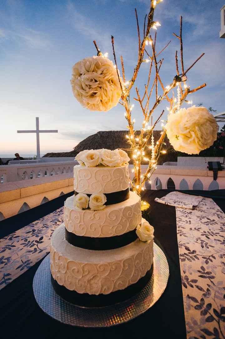 Tortas de matrimonio para una boda en la Playa - 7