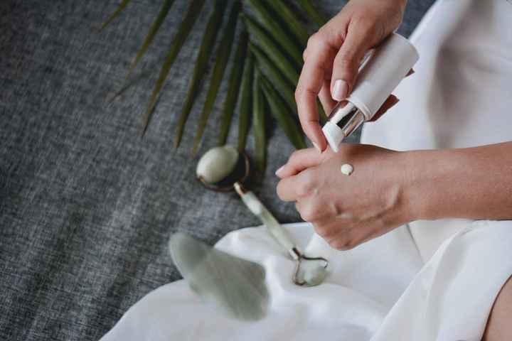 Dilema: ¿Usar o no usar crema el día de la boda? - 1