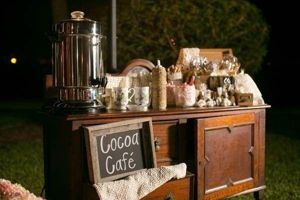 Estación de bebidas calientes- Café / Chocolate