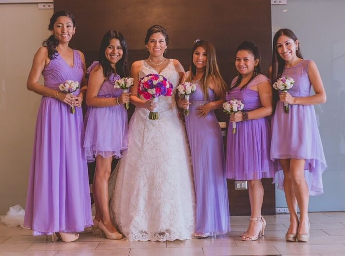 Peinados para damas de honor con vestido largo