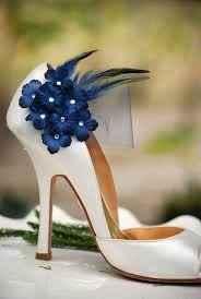 Zapato con detalle azul