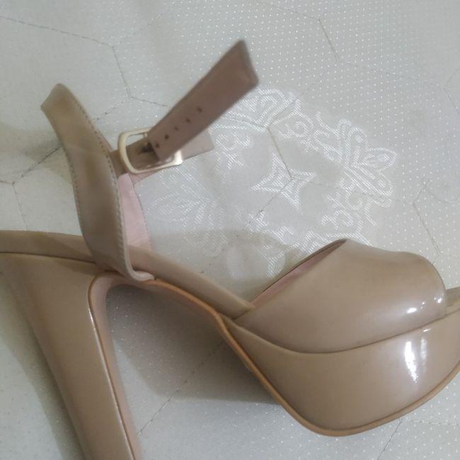 Los zapatos deben ser del color del bouquet? - 3