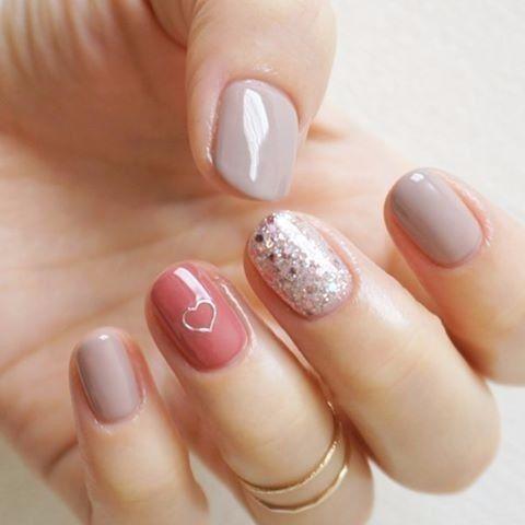 B. Manicure