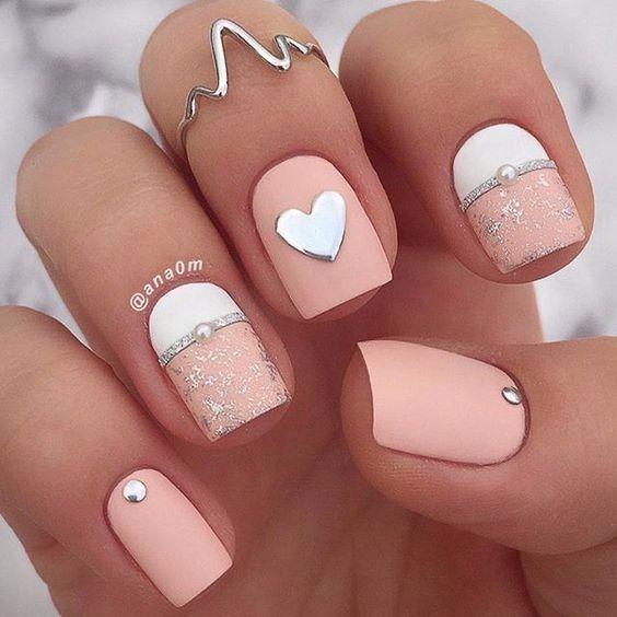Amor a primera - La manicure 1