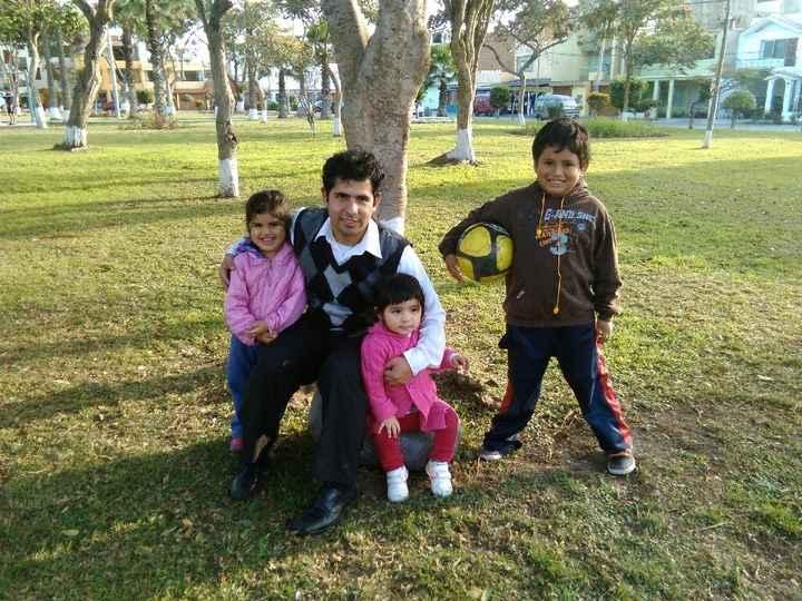 Mi amor disfrutando con nuestra princesa Mafer y nuestros sobrinos