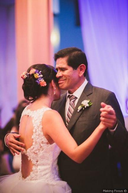 Baile con novio y familiares 🦋 1