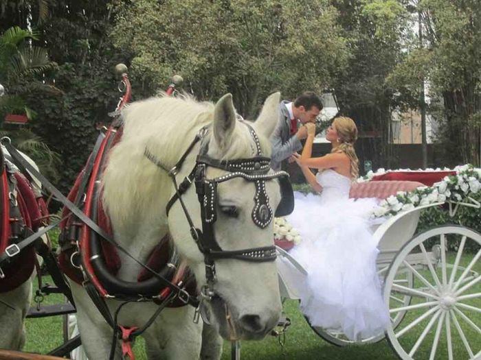 Tu auto de novios para tu fecha de tu boda 💖 3