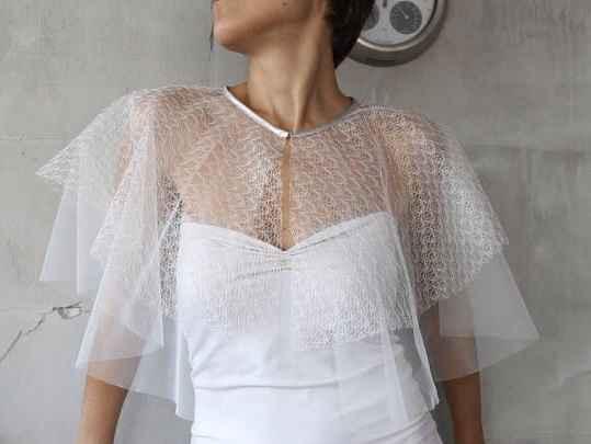 Bridal capelet 👰🏻 - 1