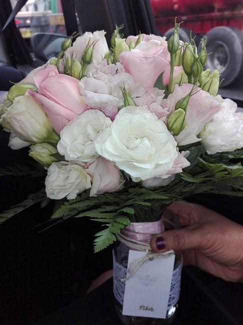 Mi bouquet//boutonniere//corsage//corona para el carro - 1