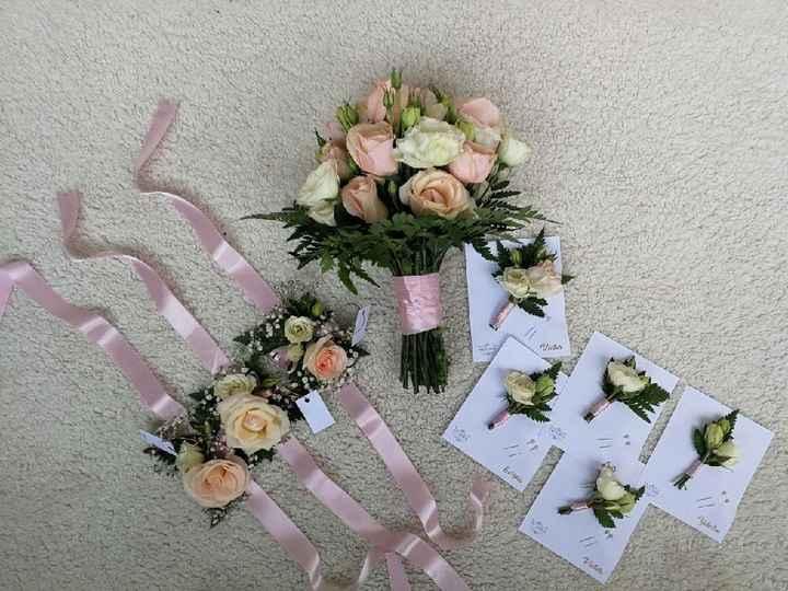 Mi bouquet//boutonniere//corsage//corona para el carro - 3