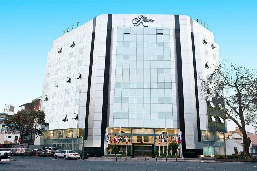 Hoteles José Antonio Lima