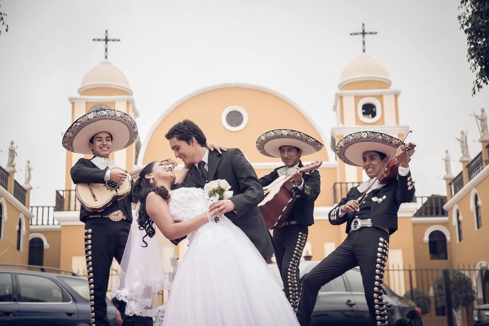 Mariachi Real de Lima