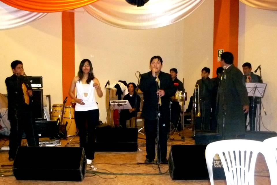 Orquesta Espectacular Backú