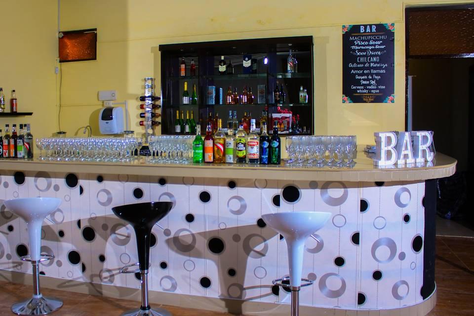 Hermoso bar