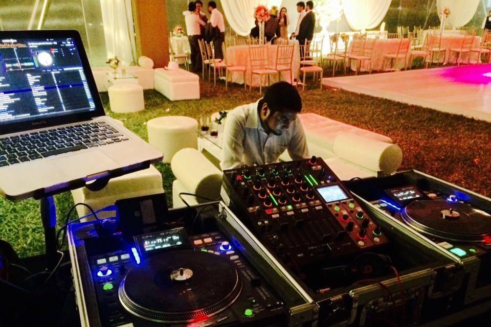 Mesa de DJ Profesional