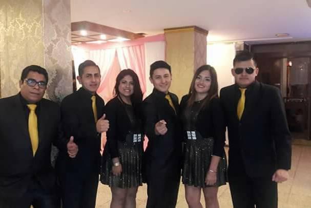 Orquesta Internacional Latín Roberth's