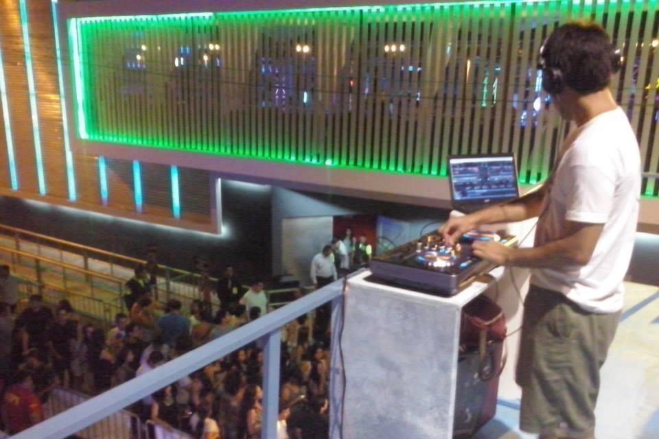 DJ Loup