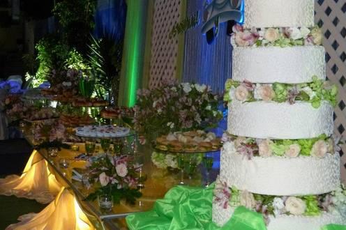 Hermoso pastel de boda