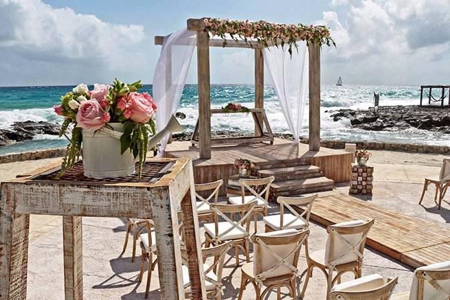 Marissa Dill'Erva Wedding & Event Planner
